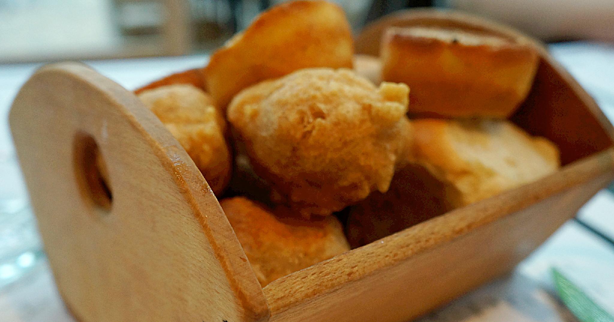 uštipci, proja i zemičke